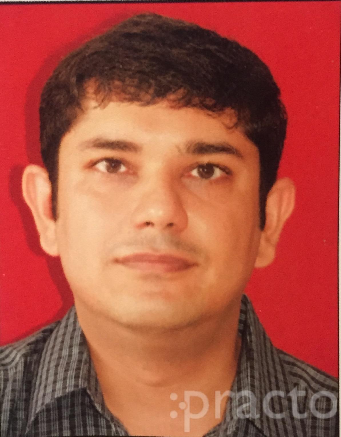 Dr. Heeru Purswani - Dentist