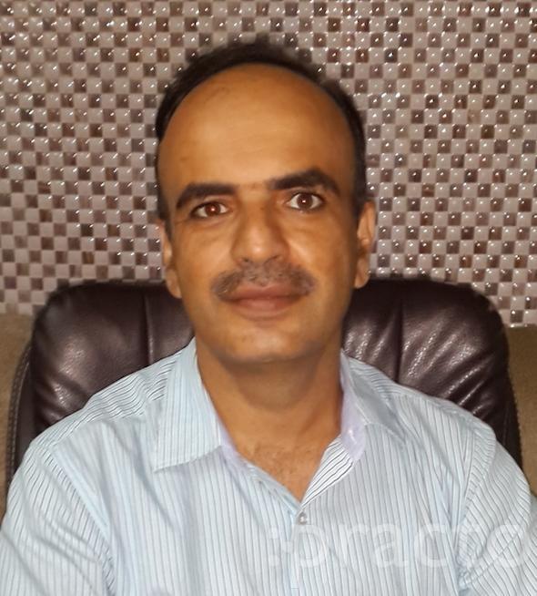 Dr. Himanshu Tyagi - Pediatrician
