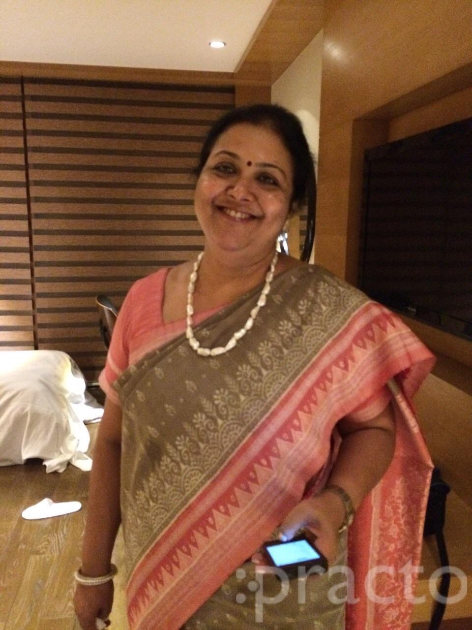 Dr. Juhee Jain - Gynecologist/Obstetrician