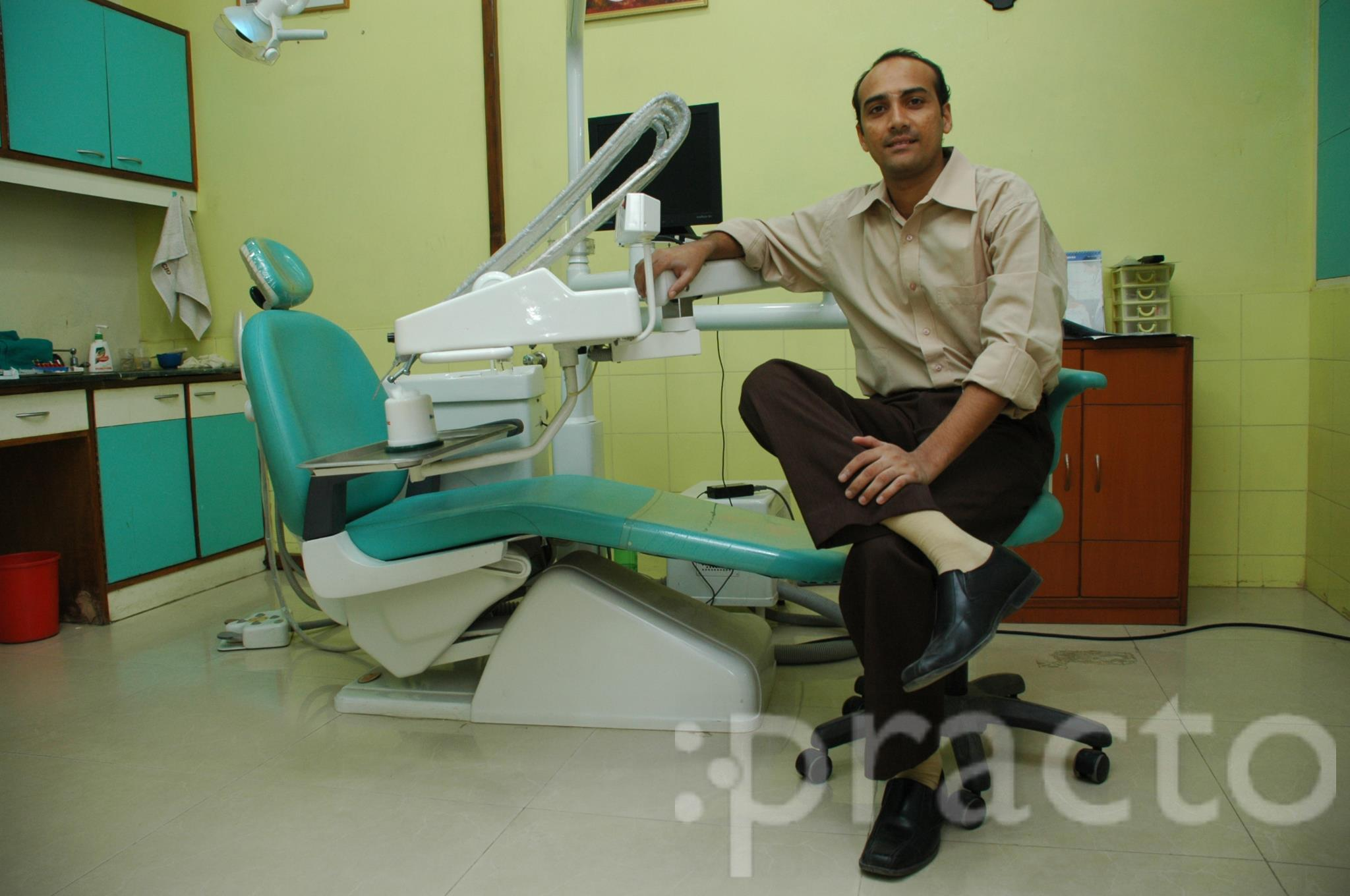 Dr. K S Srivatsan - Dentist