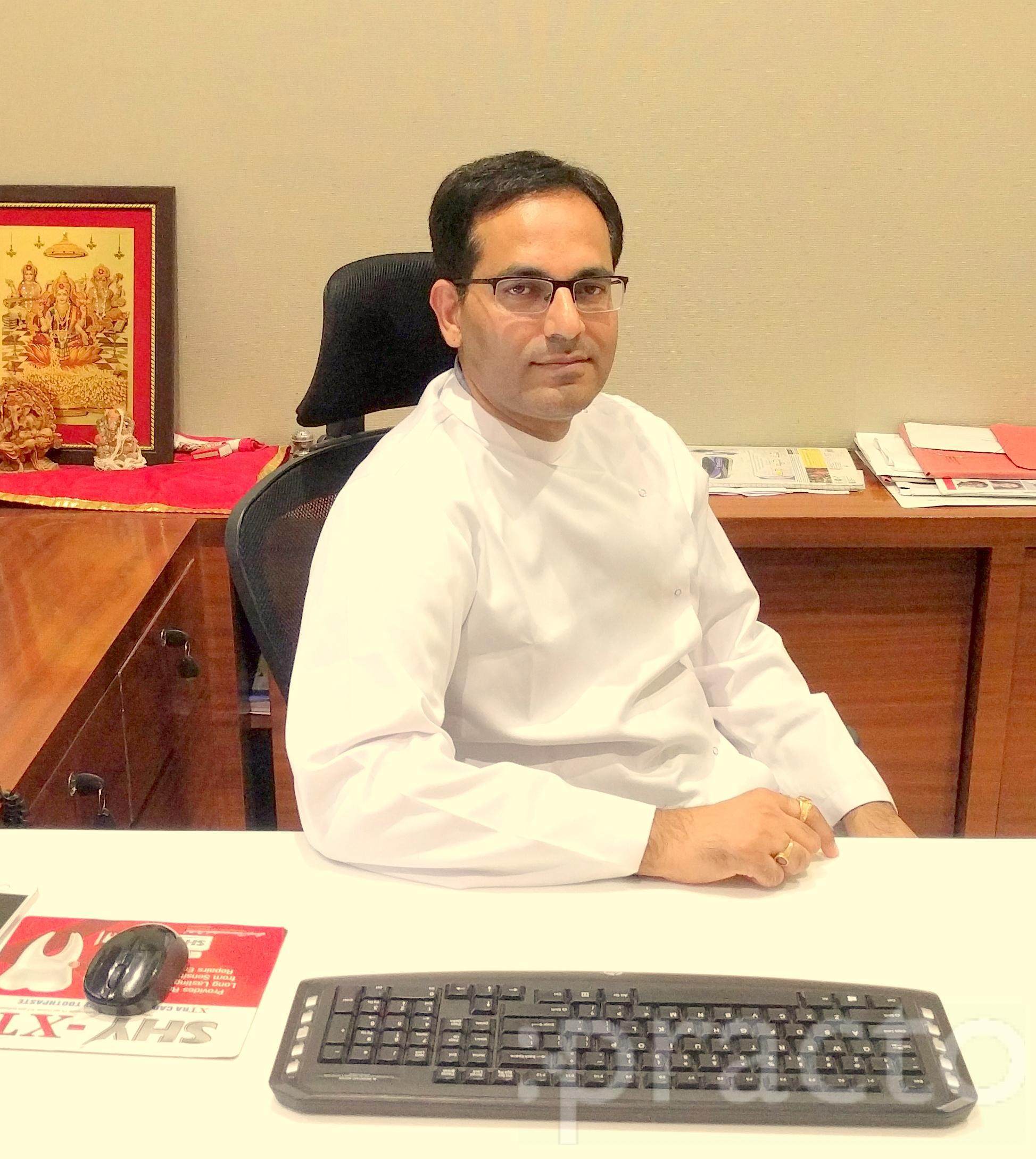 Dr. Kamal Bajaj - Dentist