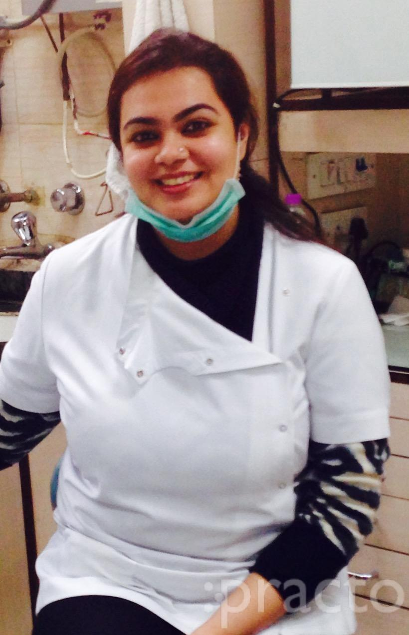 Dr. Kaveri Arora - Dentist