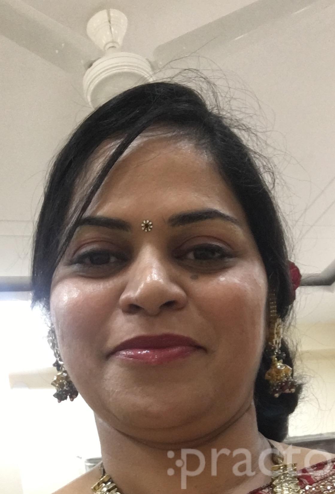 Dr. Kirti Agarwal - Dentist