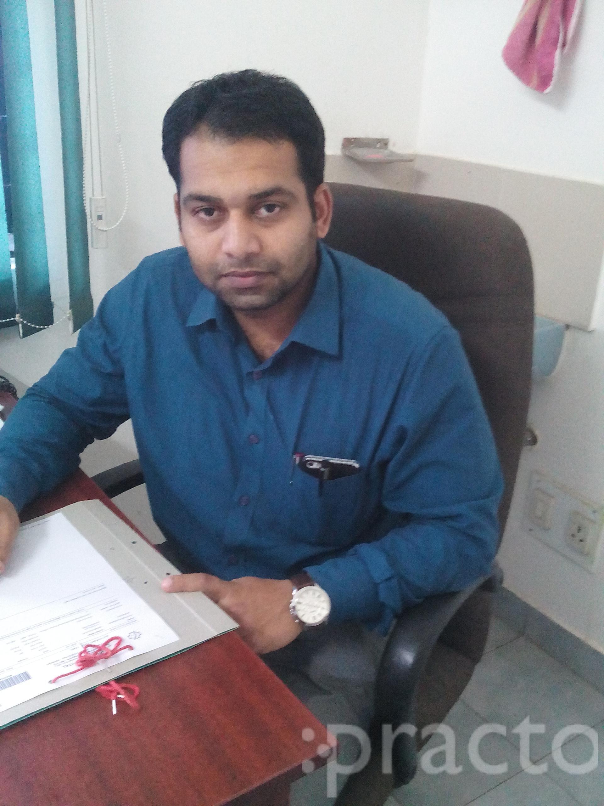 Dr. Krishna Kumar - Orthopedist