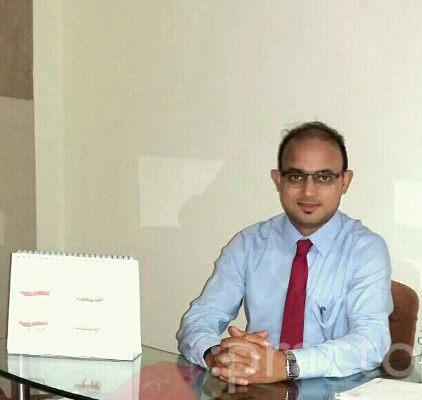 Dr. Kunal - Dentist
