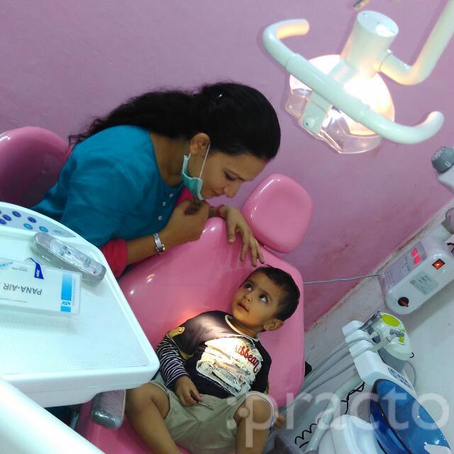 Dr. Kusum R. Naraian - Dentist