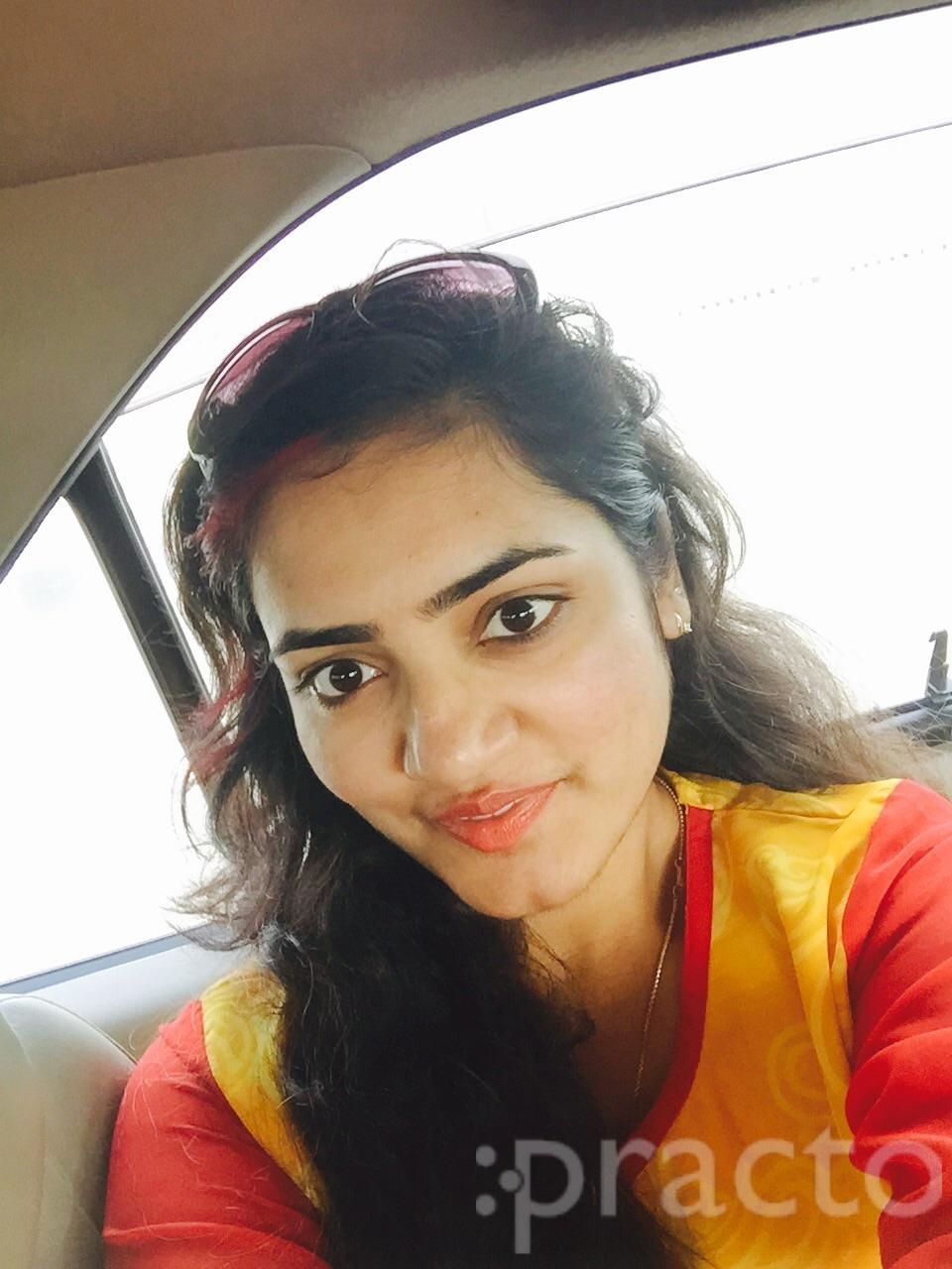 Dr. Lalitha Reddy - Dermatologist