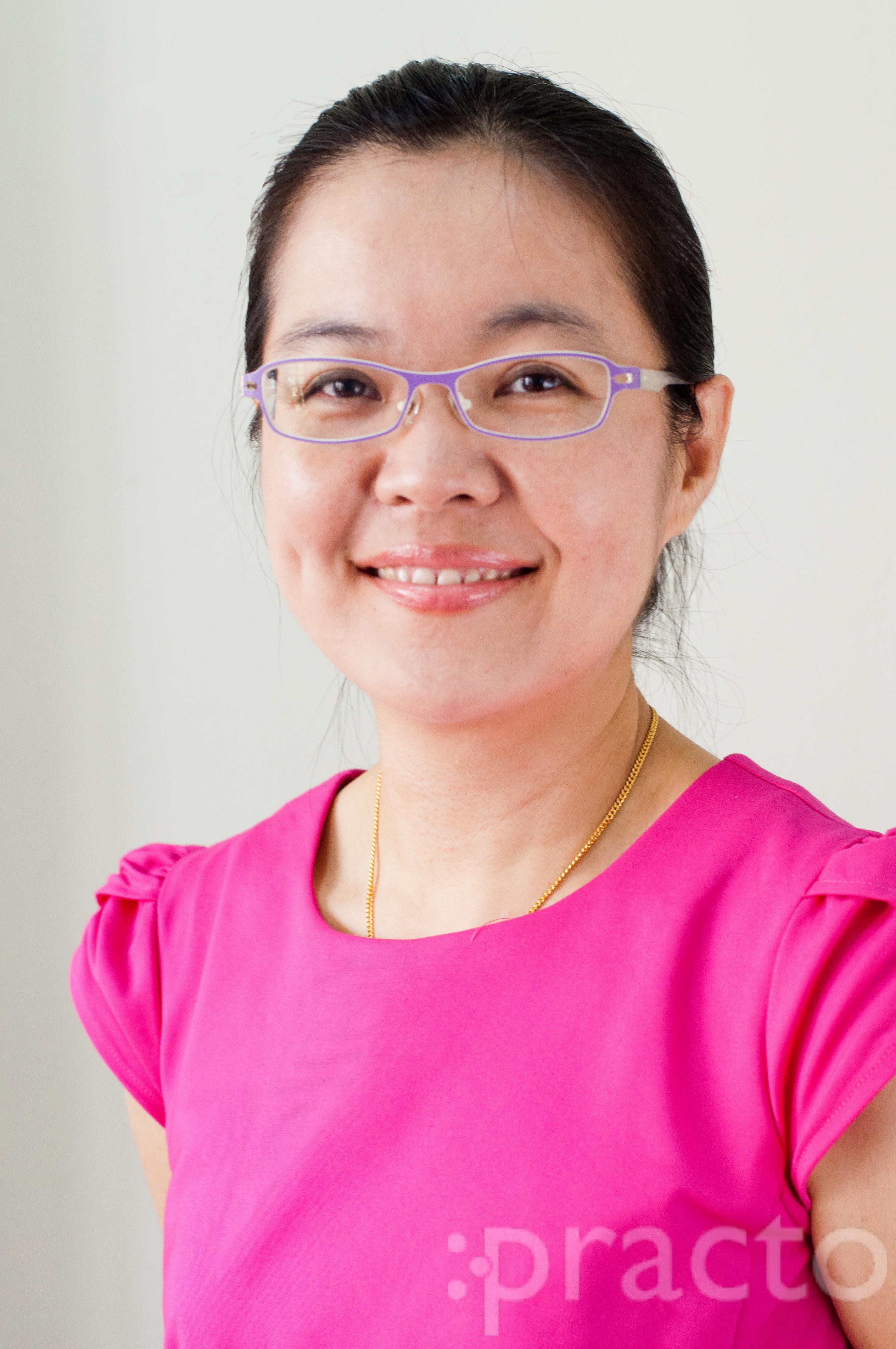 Dr Lau Siew Yee