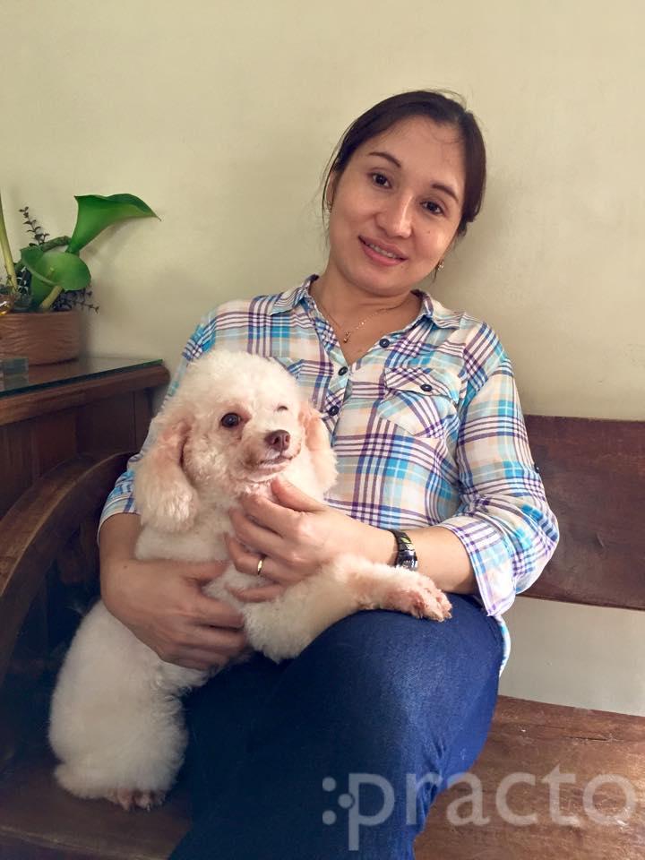 Dr. Leonora Evangelista - Veterinary Surgeon