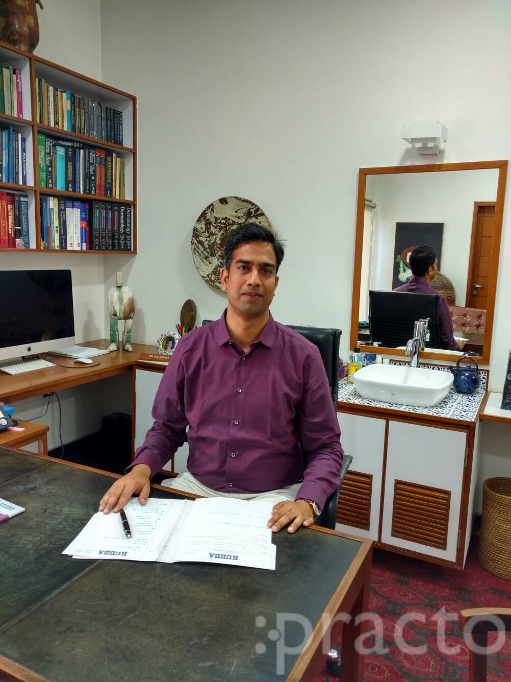 Dr. Manoj Agarwala - Dermatologist