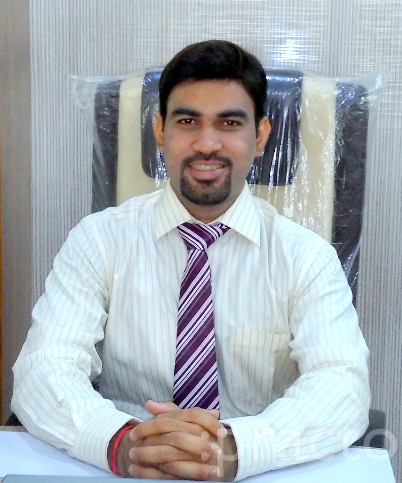 Dr. Mohit Ashok Pandit - Ayurveda