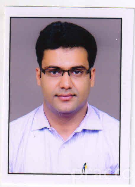 Dr. Mohit Poddar - Pediatrician
