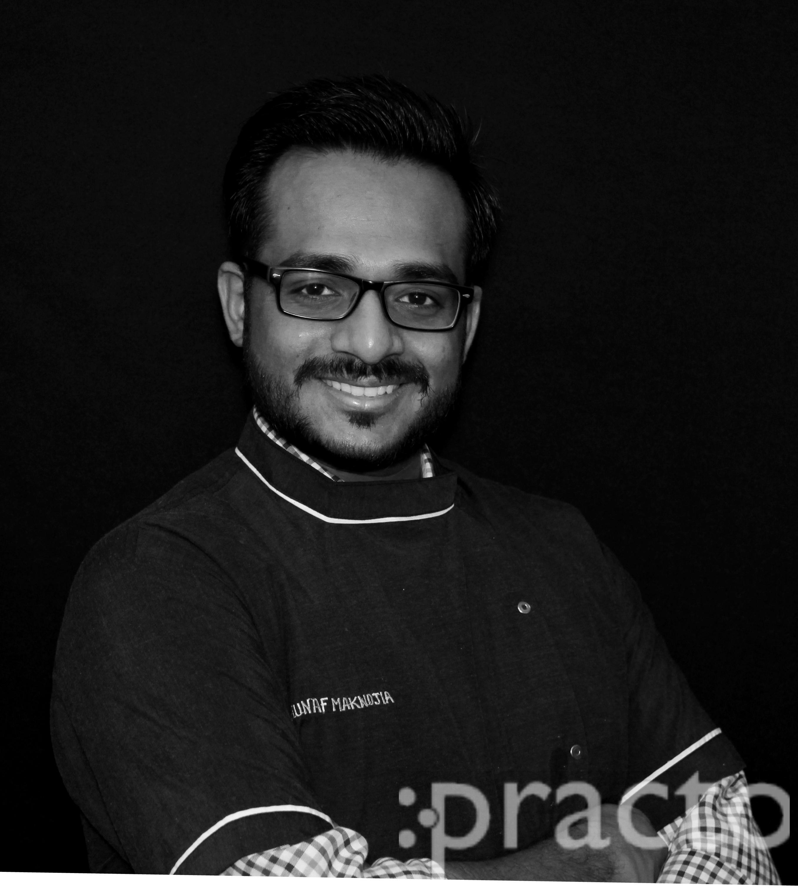 Dr. Munaf Maknojia - Dentist
