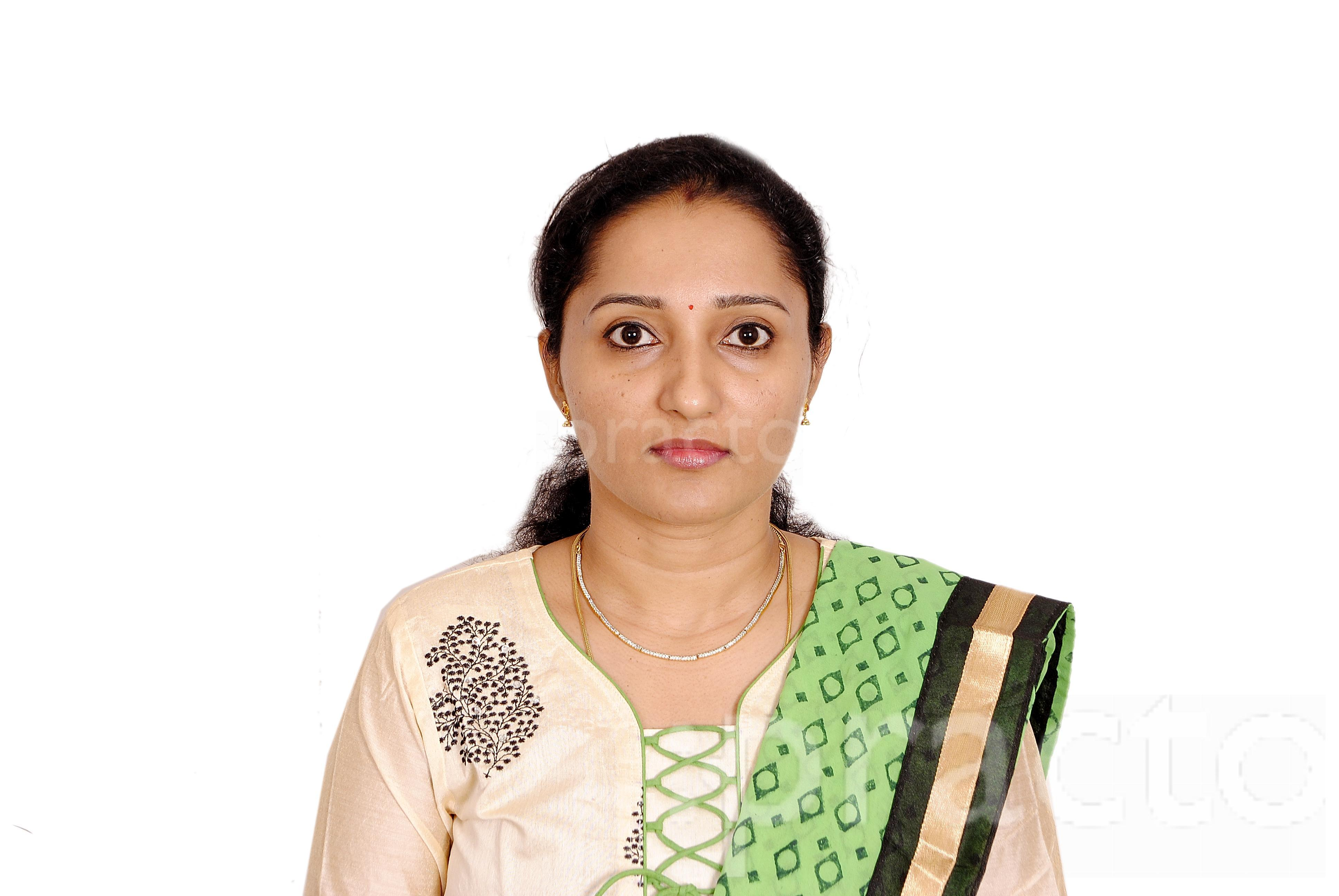Dr. Nancy John - Physiotherapist