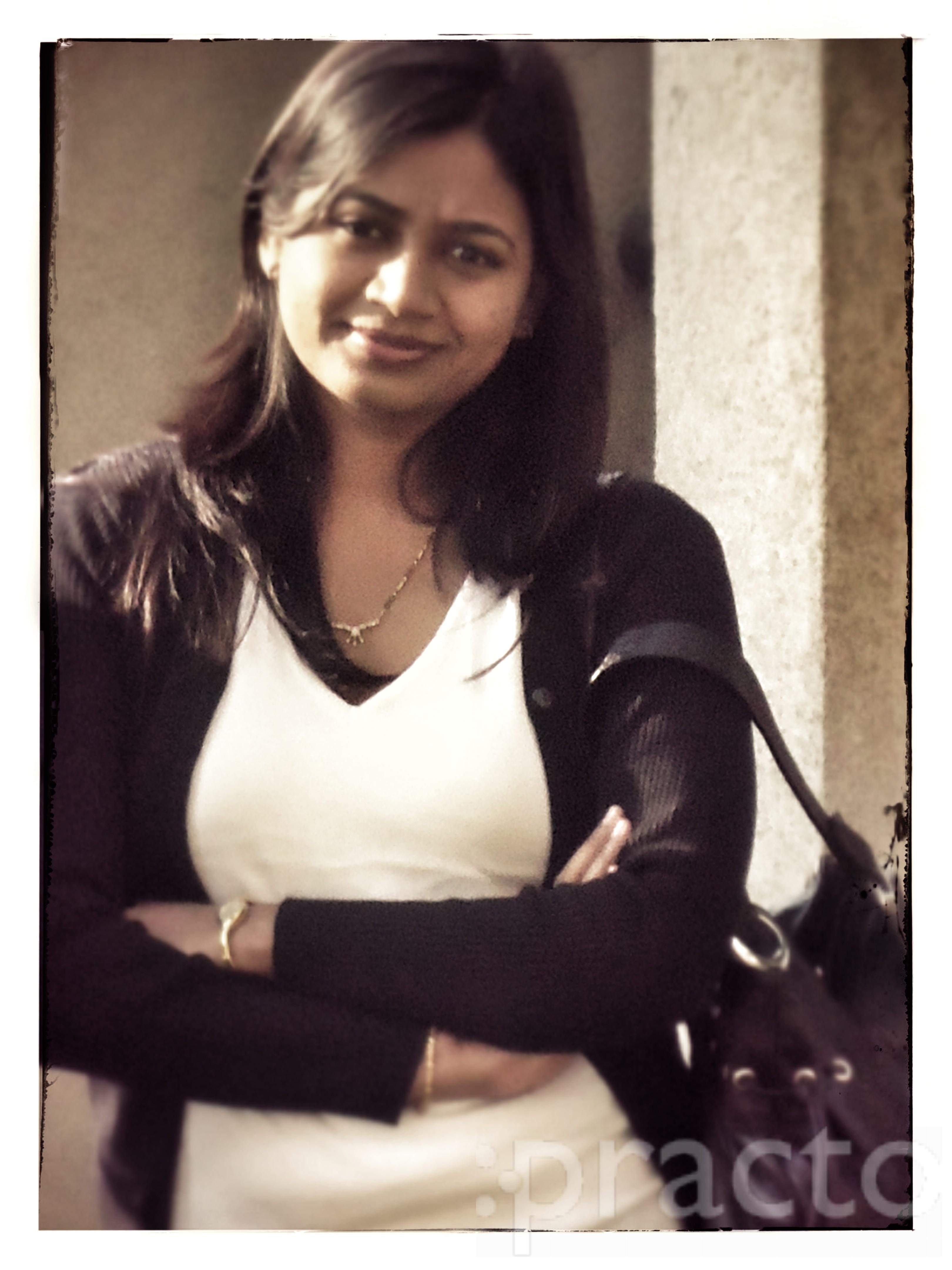 Dr. Nandini Teli - Dermatologist