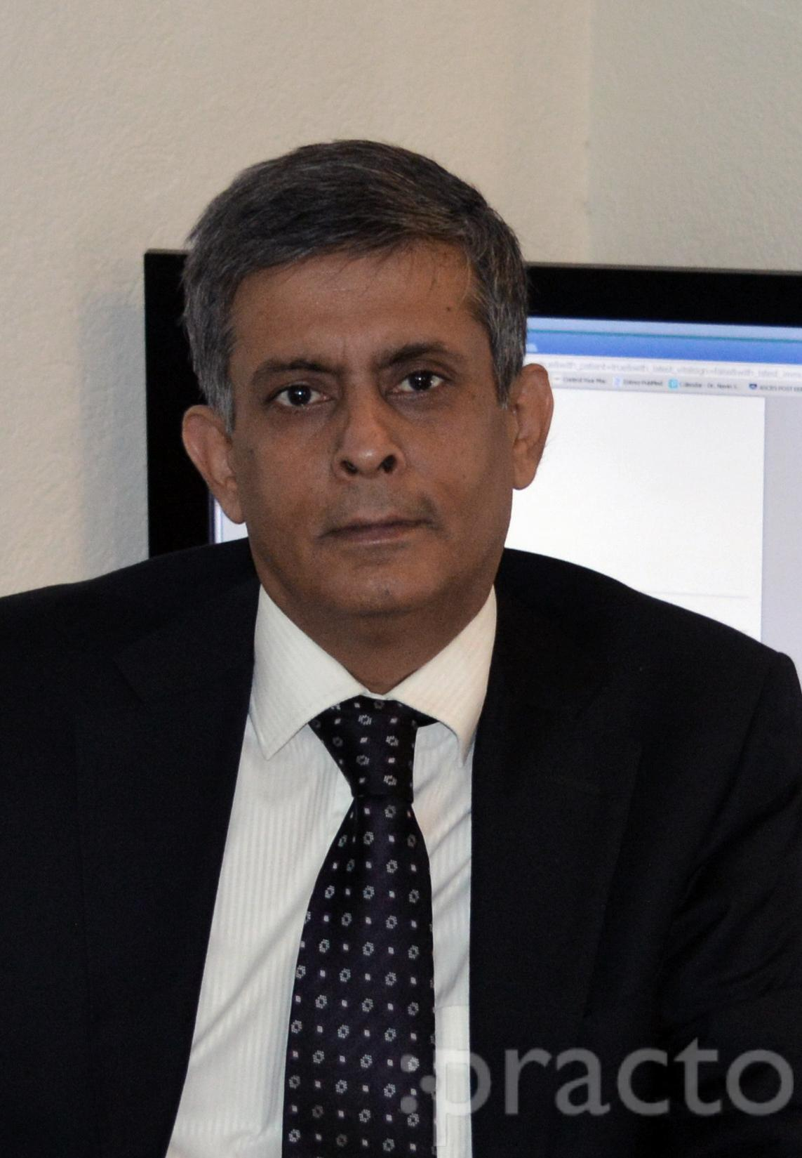 Dr. Navin Sakhuja - Ophthalmologist