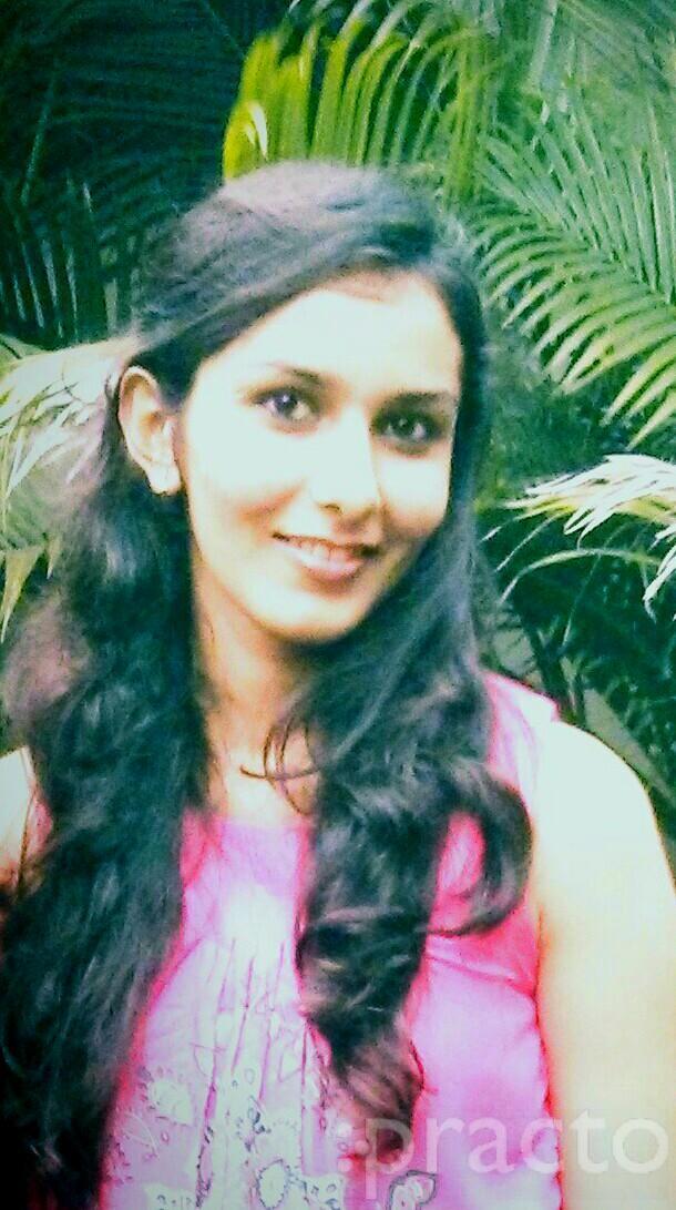 Dr. Nidhi Sanghvi - Dentist