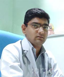 Dr. Nikhil Dhande - General Physician