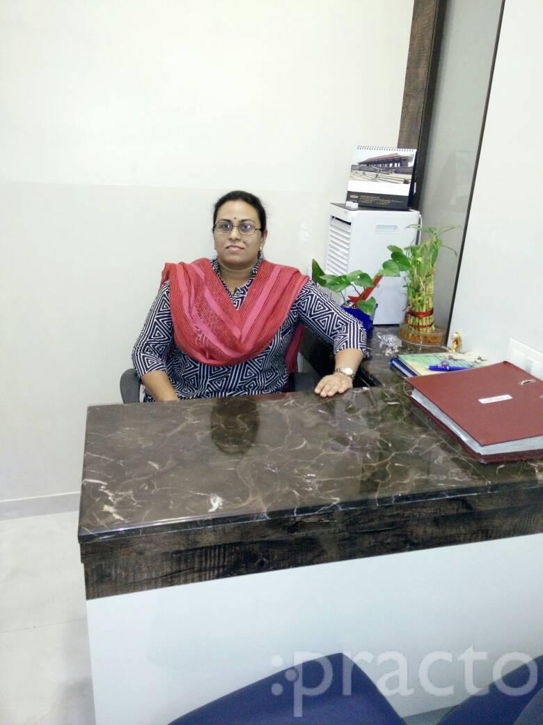 Dr. Nikhita Palkar