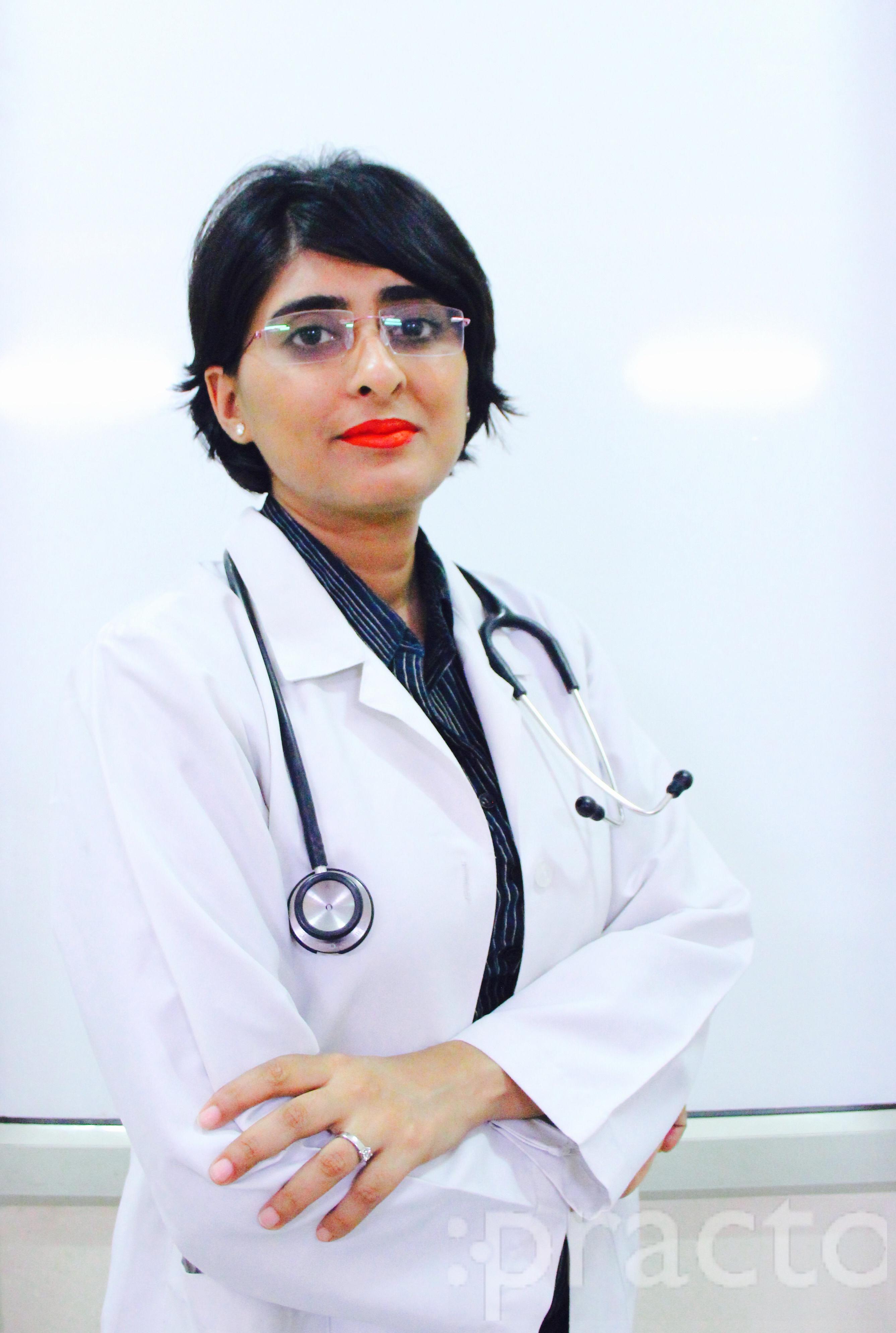 Dr. Nirupama Parwanda - Dermatologist