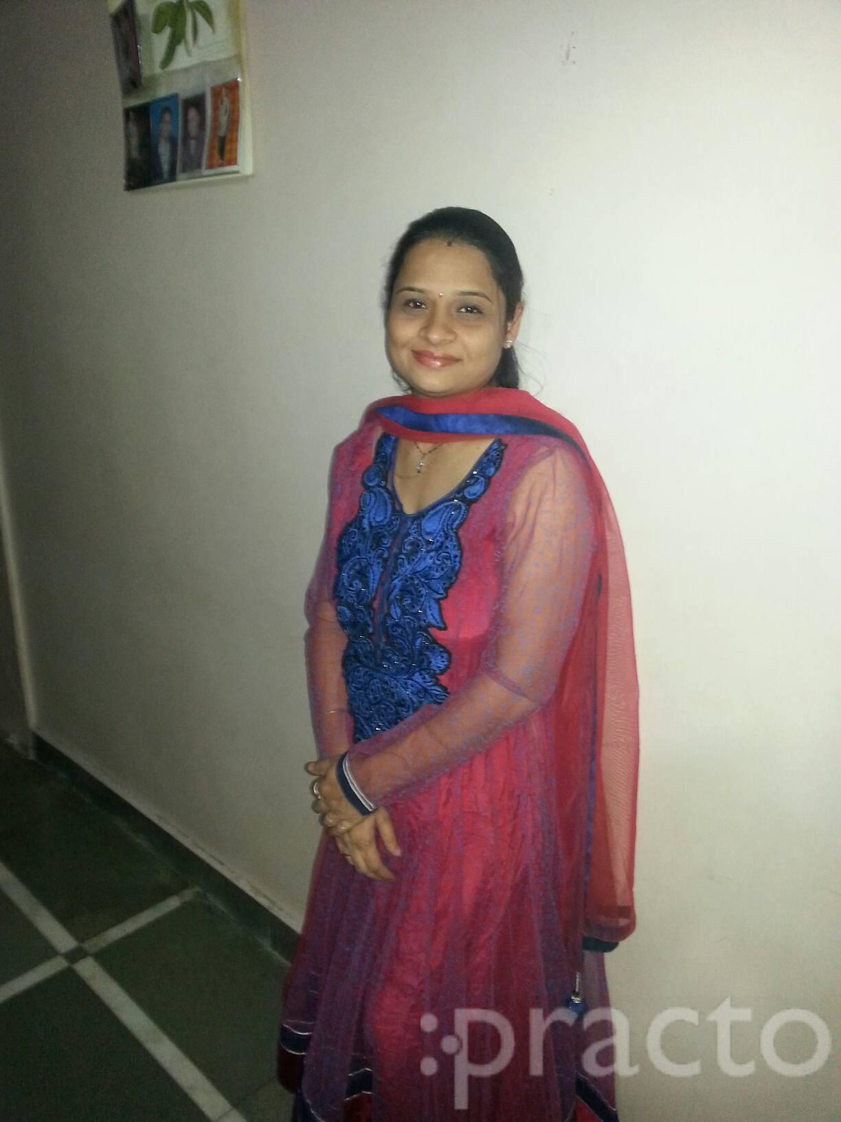 Dr. Nisha Shah - Dentist