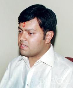 Dr. Nitin Bhandari - Physiotherapist