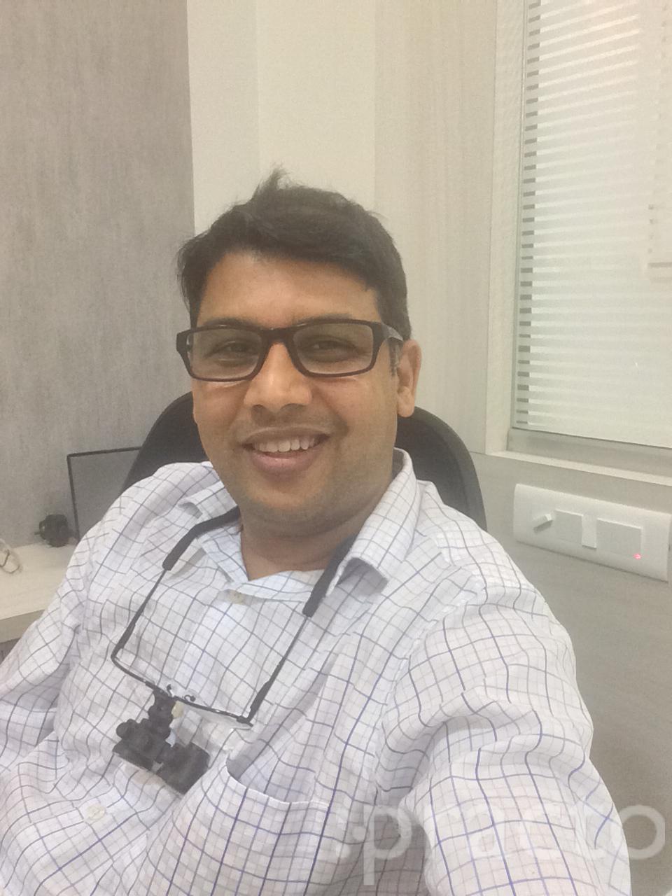 Dr. Nitin Habbu - Dentist