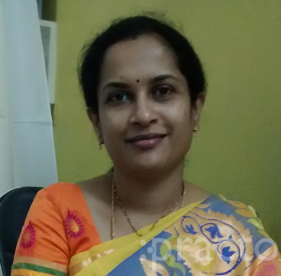 Dr. Nivedita - Gynecologist/Obstetrician