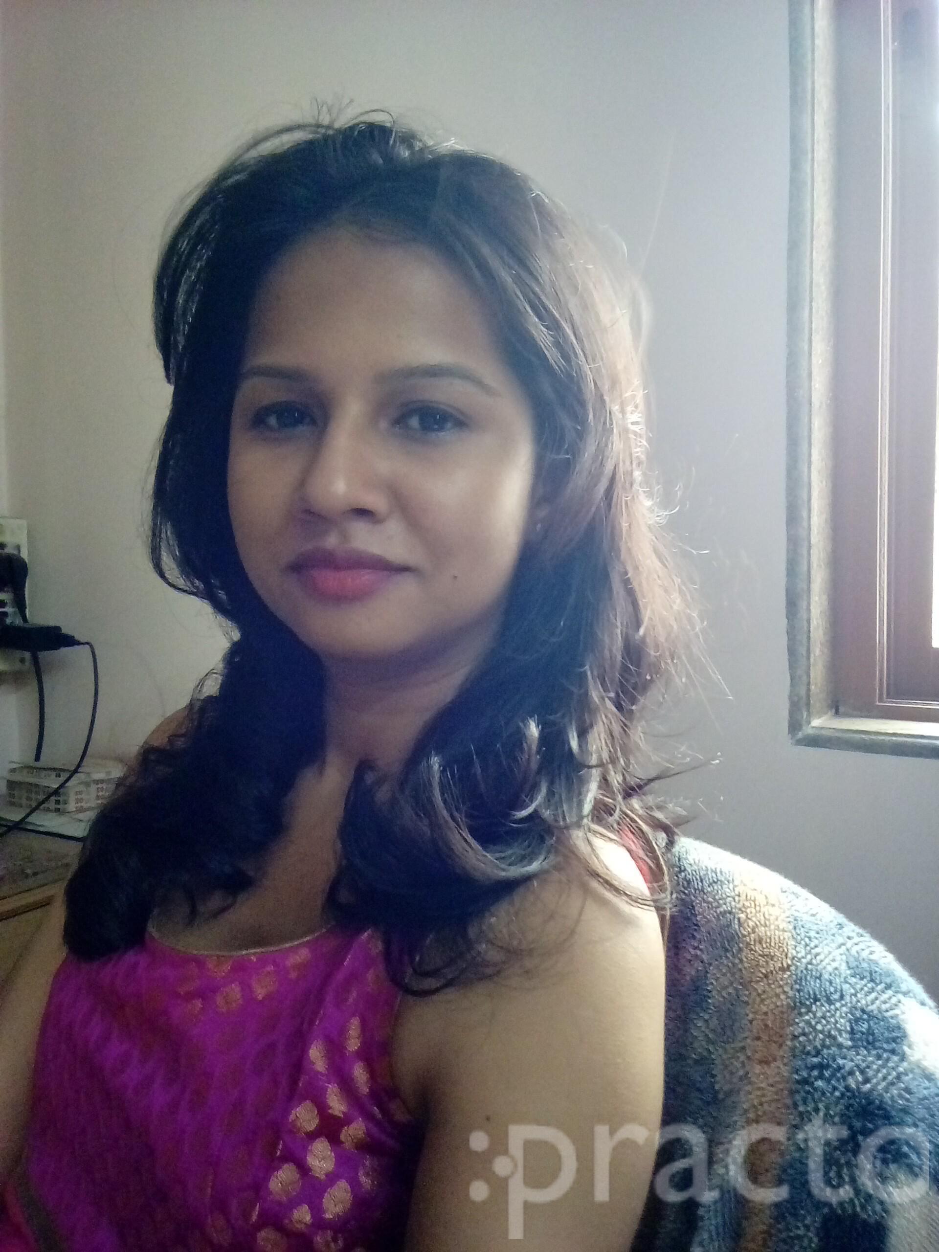 Dr. Pallavi N Bobade - Dentist