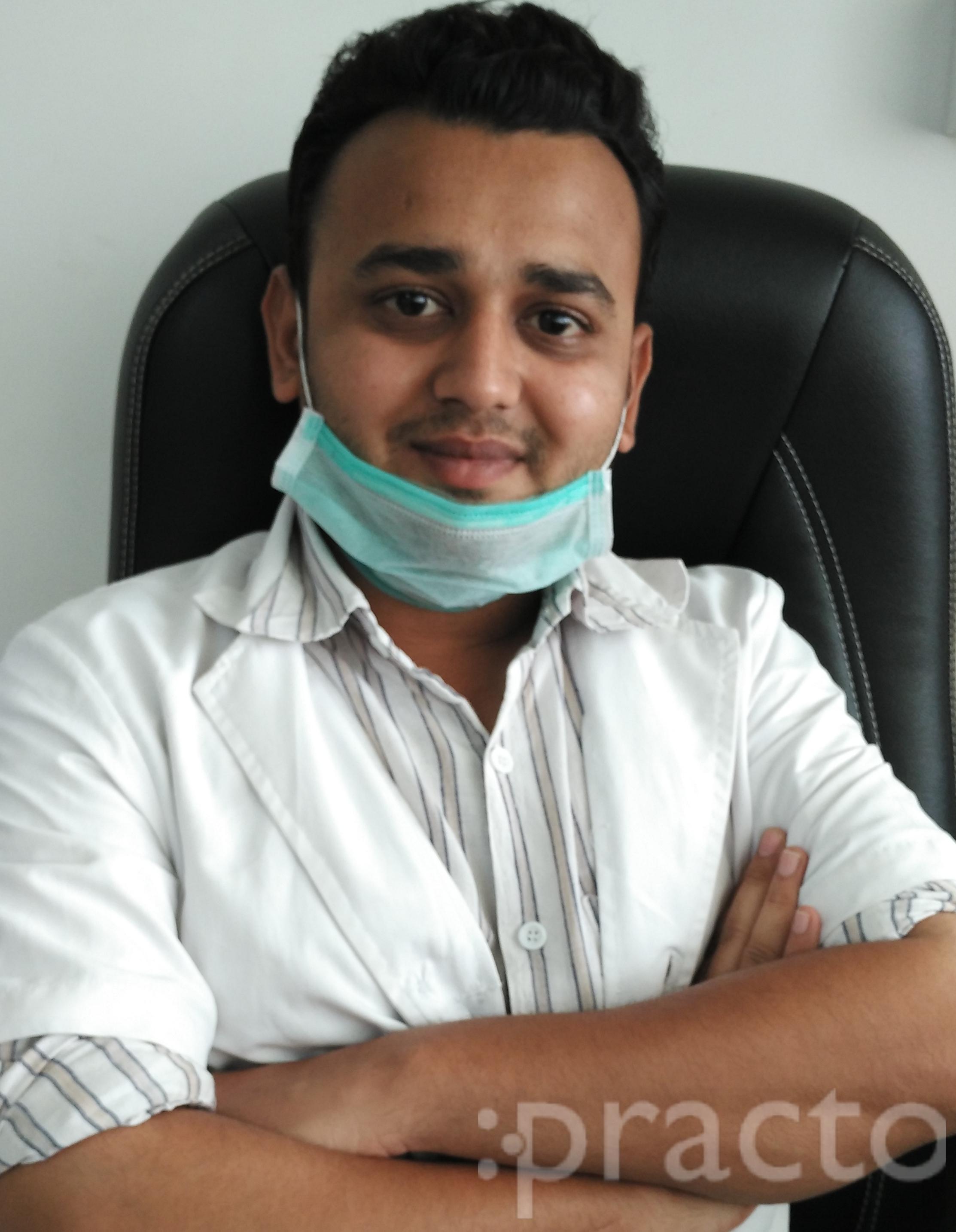 Dr. Piyush Khunt - Dentist