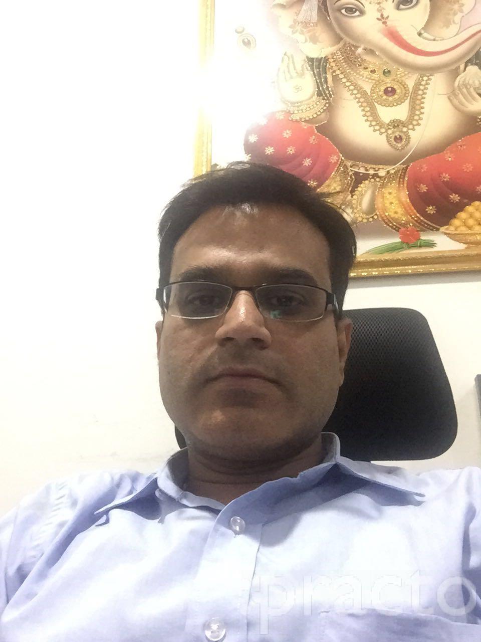 Dr. Piyush Vyas - Orthopedist