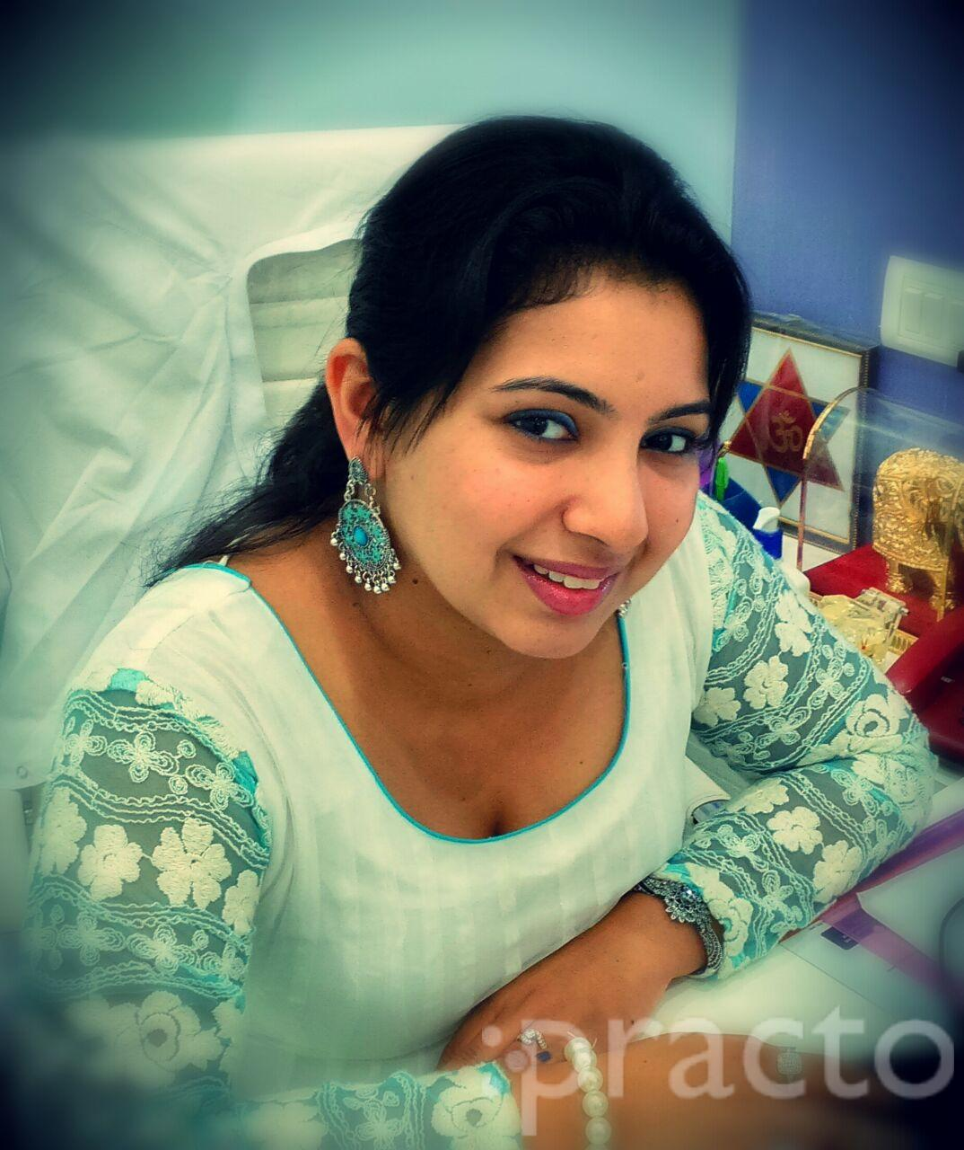 Dr. Pooja Shetty - Dentist