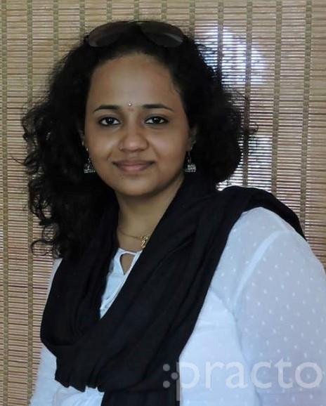 Dr. Pooja Srinivas - Dentist