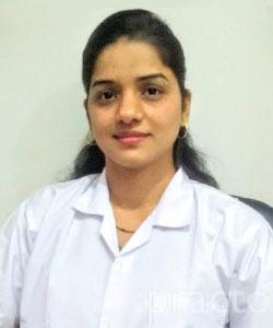 Dr. Poonam Dave - Cosmetologist