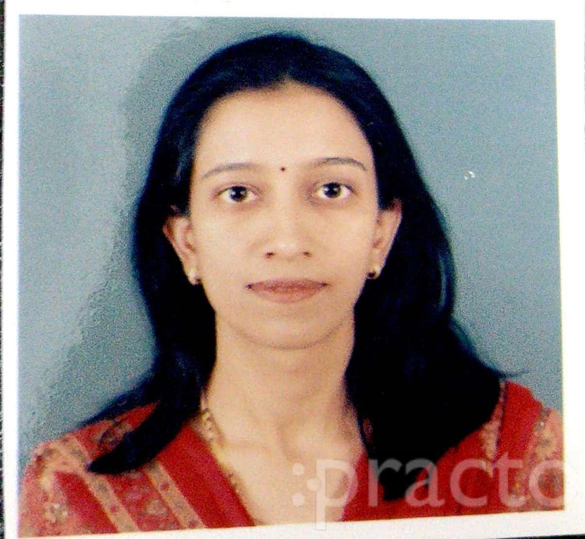 Dr. Prachi Hardikar