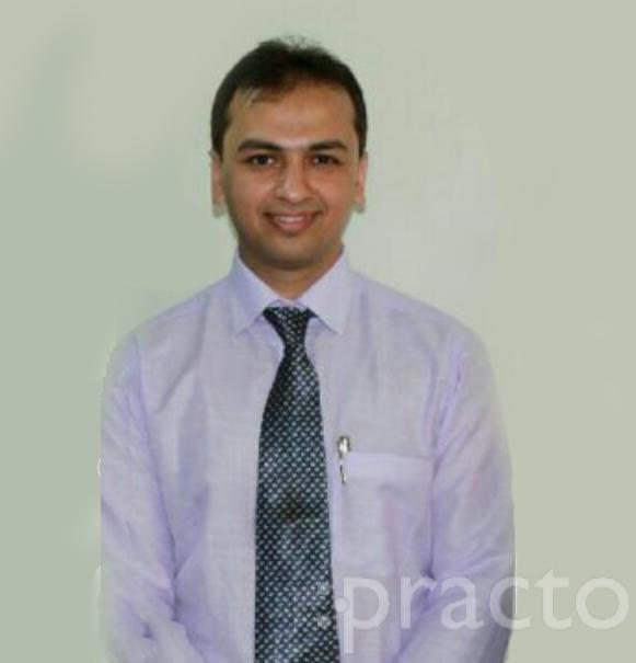 Dr. Prakhar Kapoor - Dentist