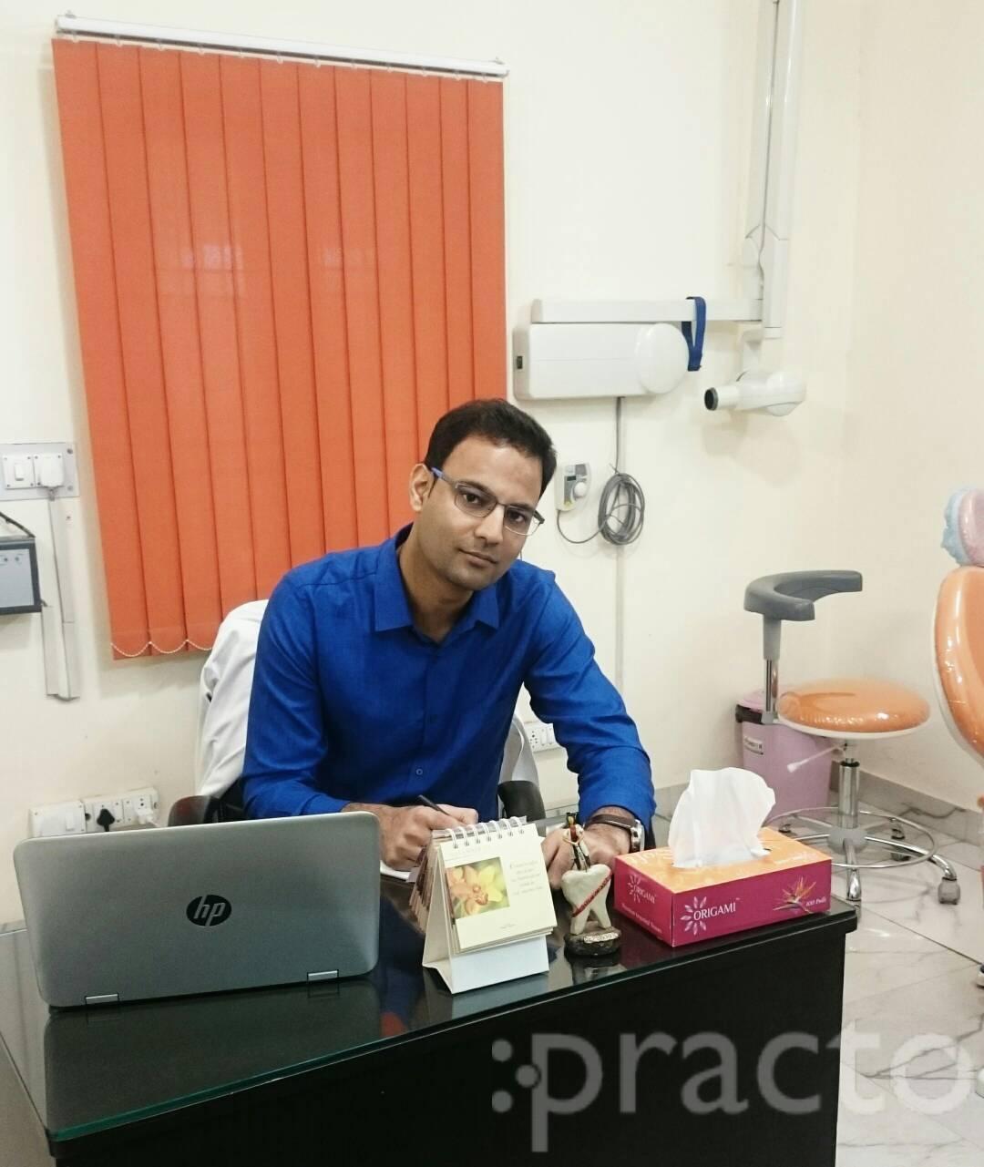 Dr. Prakhar Kumar - Dentist