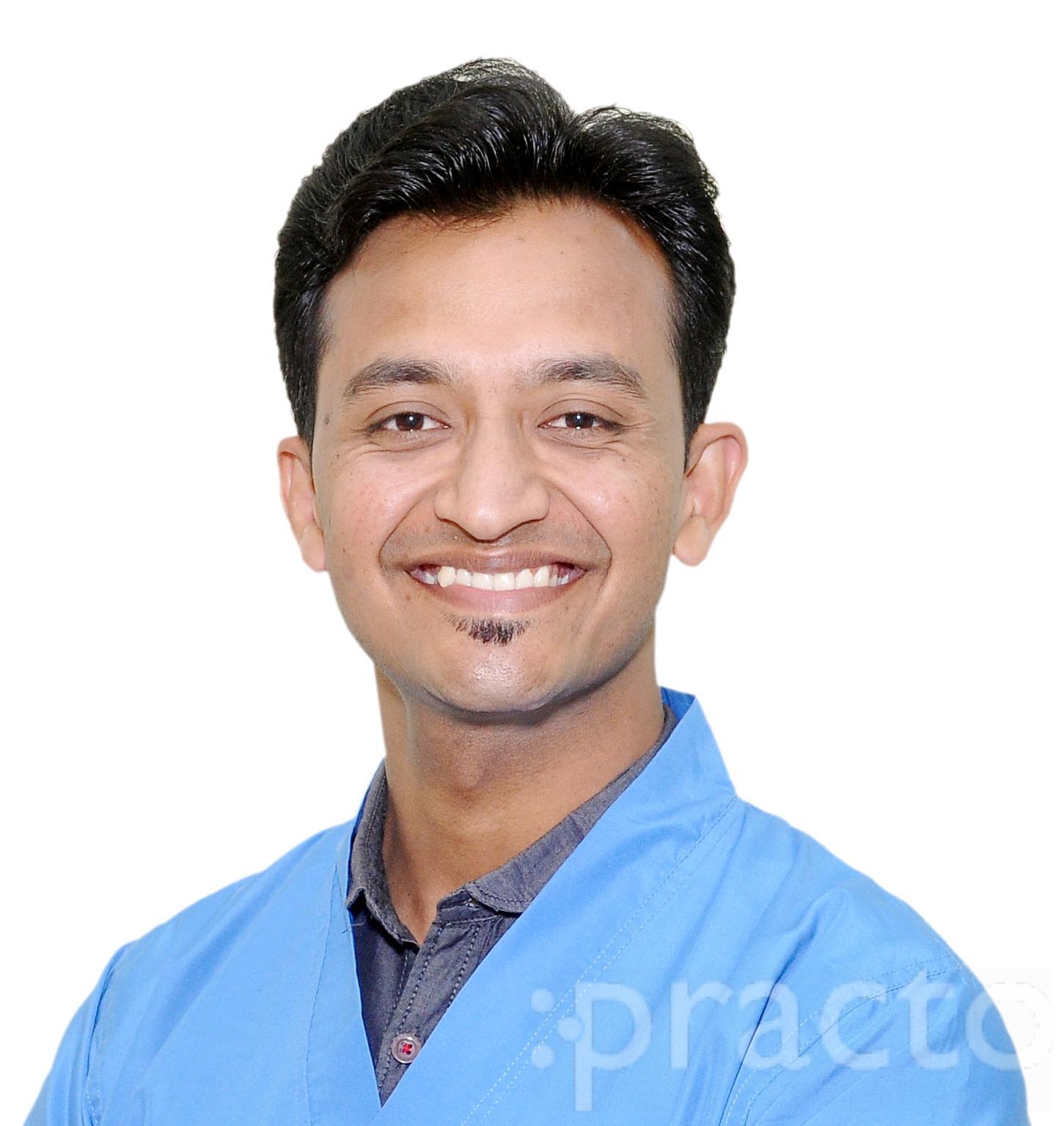 Dr. Prashant Gupta - Dentist
