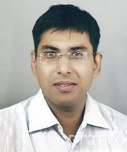 Dr. Prateek Agarwal - Ophthalmologist