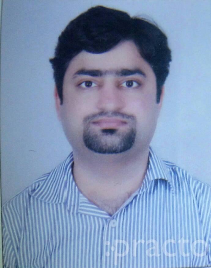 Dr. Prateek Bhandari - Dentist