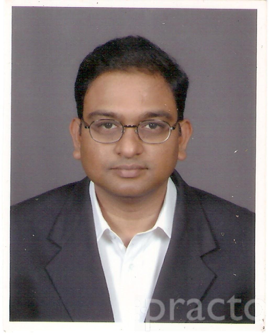 Dr. Praveen Kumar - Orthopedist