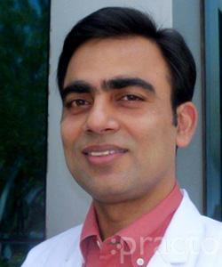 Dr. Praveen Makhija - Pediatrician