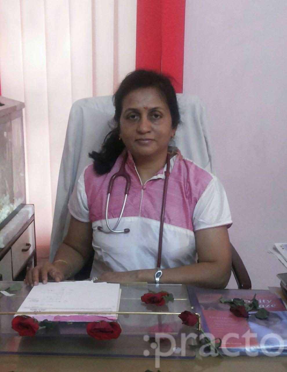 Dr. Praveena Agarwal - Gynecologist/Obstetrician
