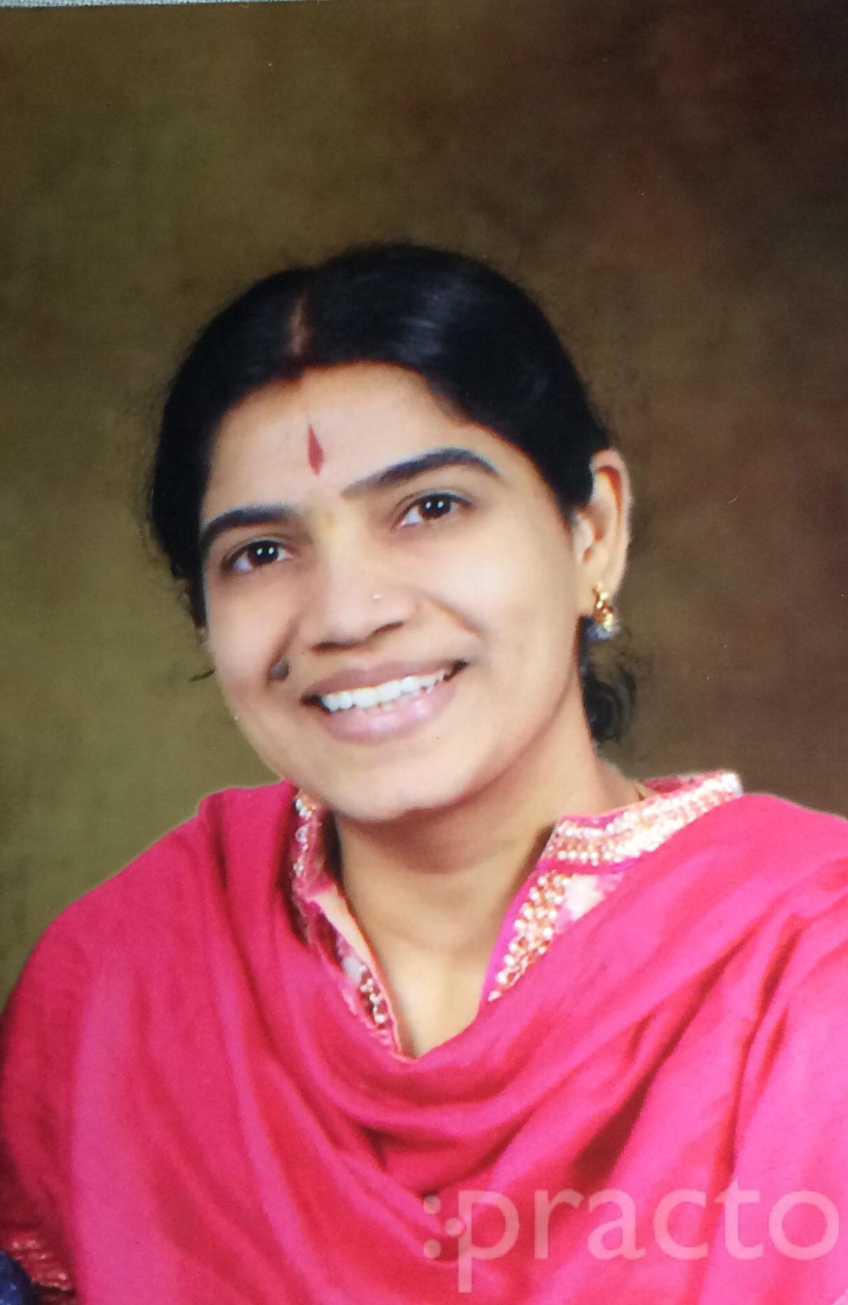 Dr. Preeti Abhay Koralli - Gynecologist/Obstetrician