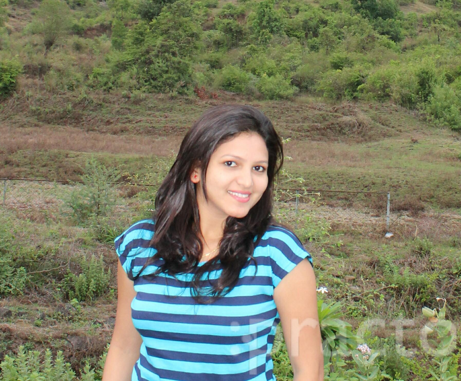 Dr. Preeti Ahankare - Dentist