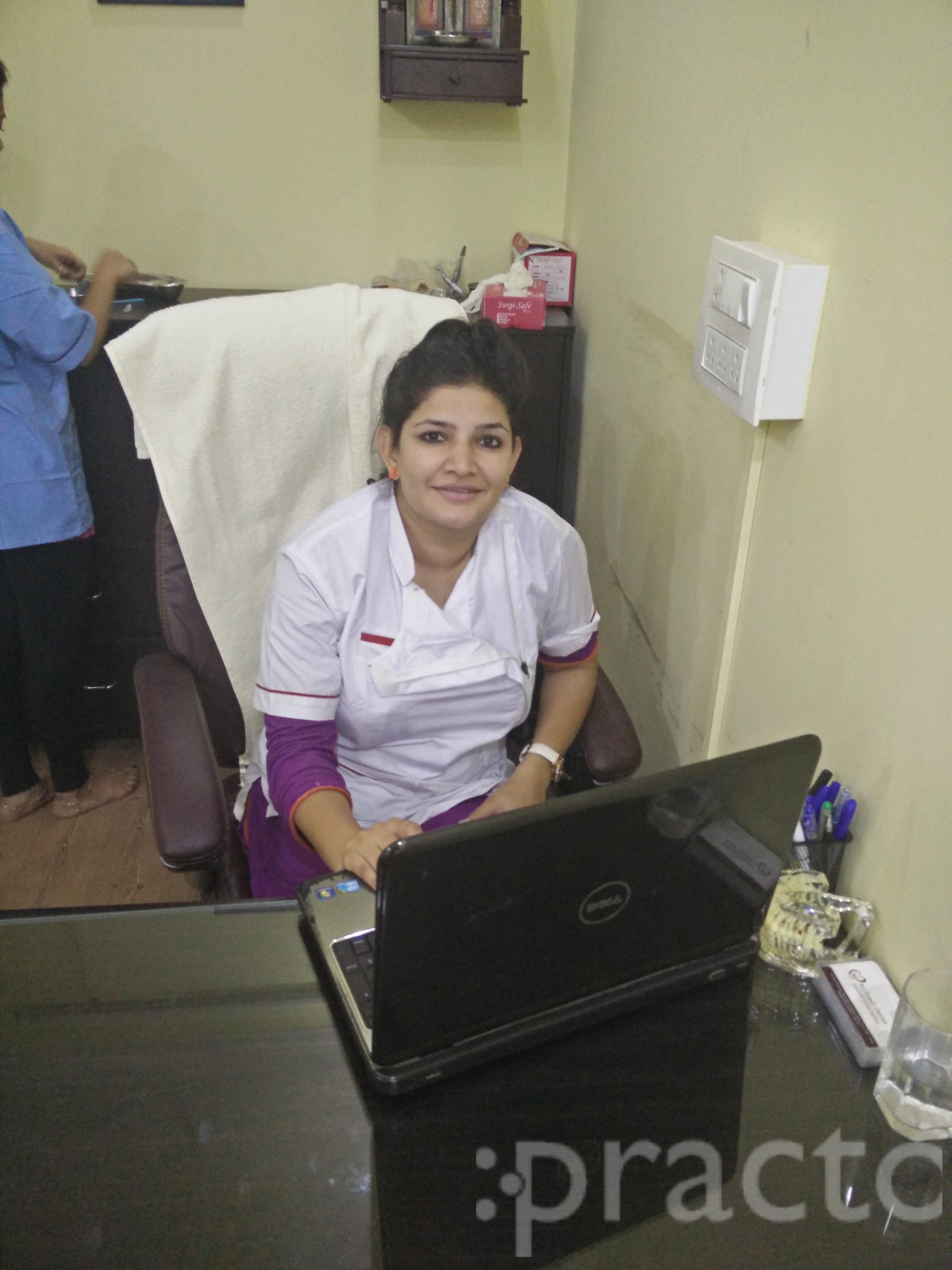 Dr. Preeti Hooda - Dentist