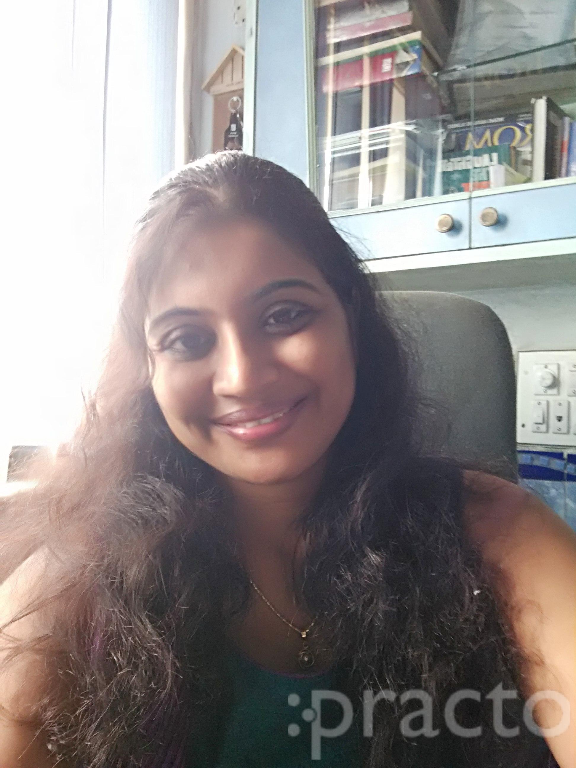 Dr. Preeti R Shah - Dentist