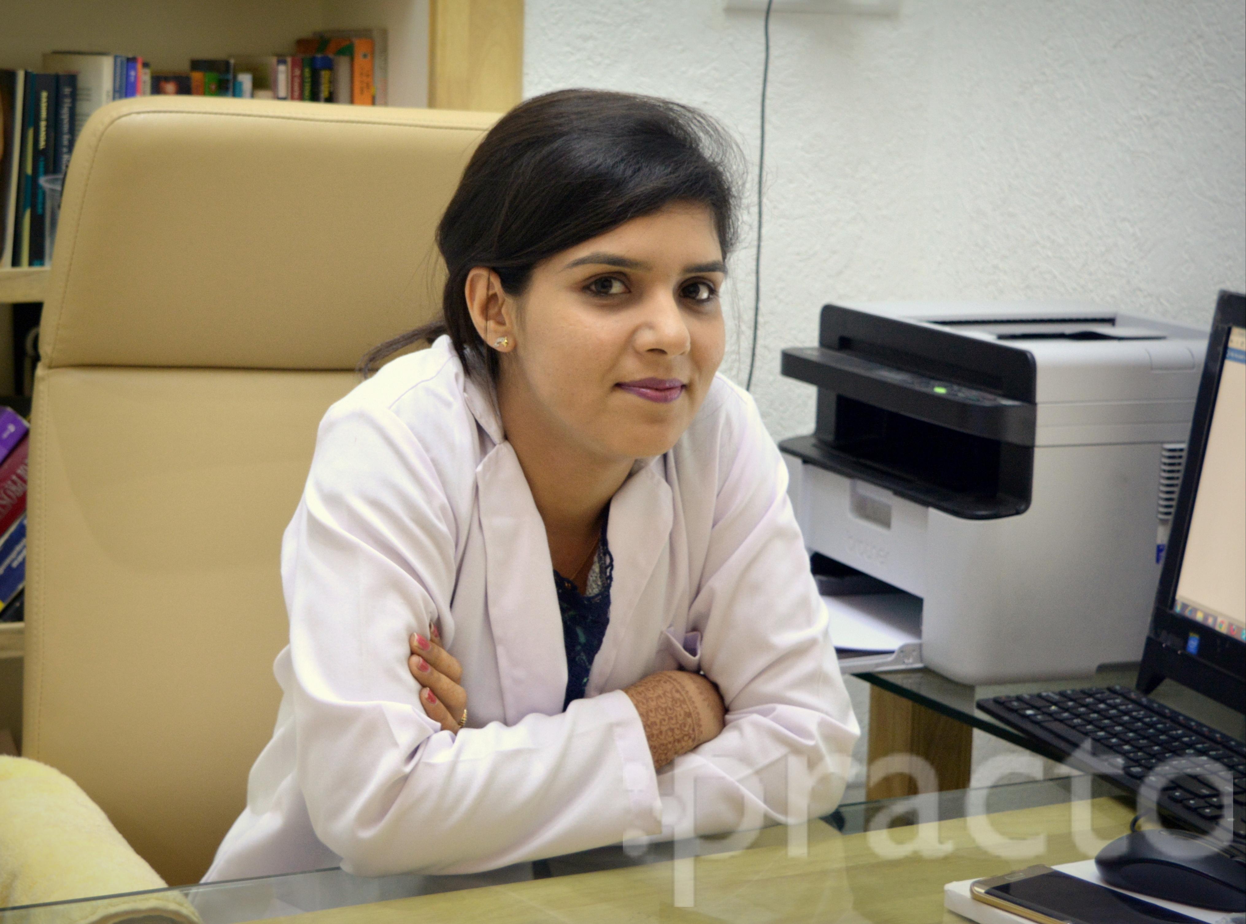 Dr. Priyanka Sehgal - Dentist