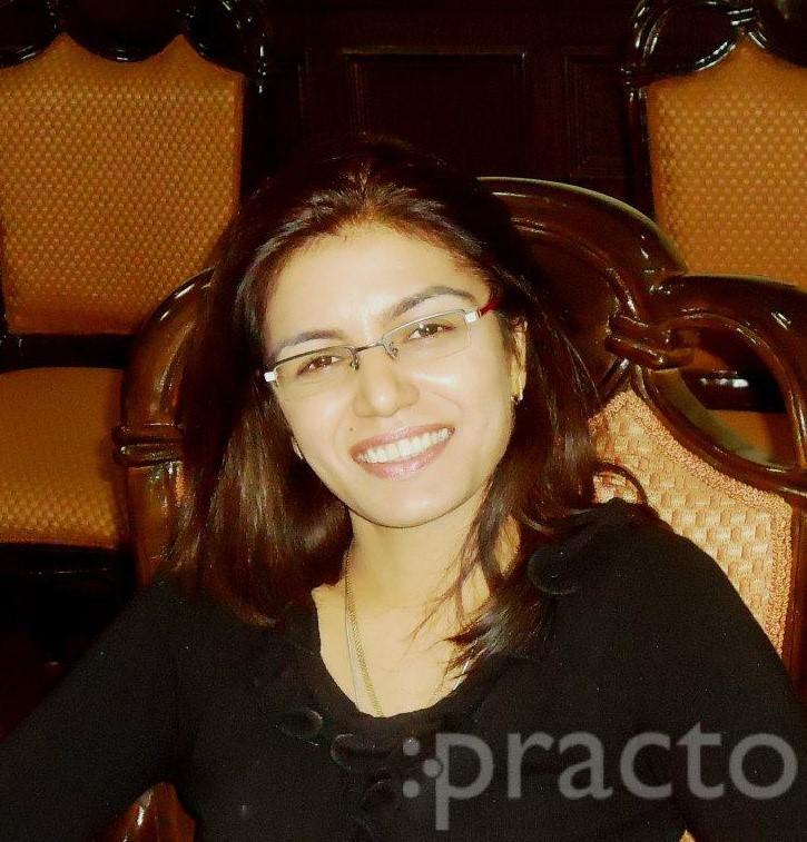 Dr. PUJA KHANNA - Dentist