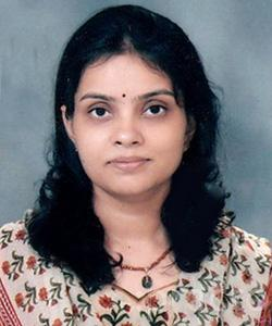 Dr. Radhika Chakraverty - Ophthalmologist